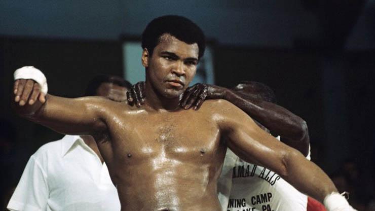 मुहम्मद अली (1942–2016) – Fearless Boxer Muhammad Ali Biography In Hindi