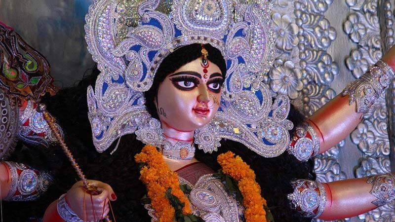 दशहरा / दुर्गापूजा / विजयदशमी का इतिहास, उत्सव, महत्व और तिथि (History, celebration, importance and date of Dussehra / Durgapuja / Vijayadashami)