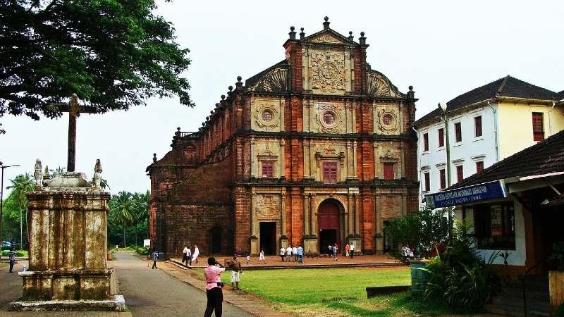 बेसिलिका ऑफ बॉम जीसस चर्च (Basilica of Bom Jesus Church)