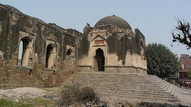 जहाँपनाह किला का इतिहास (History of Jahanpanah Fort)