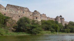 पुराना किला (Purana Qila or Old Fort)